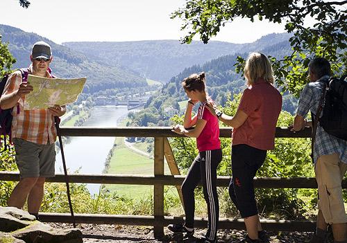500 Wanderer Blick aufs Neckartal