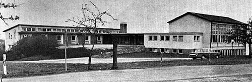 10 05 13 NZ Schulhaus Schlossau 1965