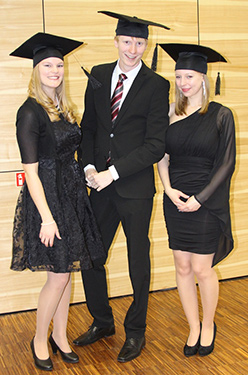 500 DHBW MOS Foto Graduierung 201412 frei