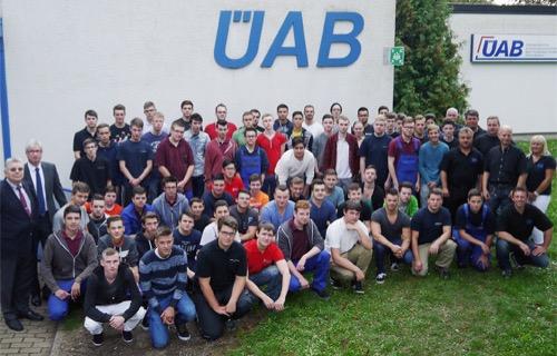 Ausbildungsbeginn UeAB