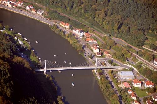 Luftbild mit Bruecke Zwingenberg