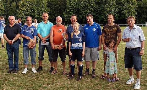 wpid-468-x-Torhueter-sichert-Dorfmeisterschaft-2011-06-6-23-55.jpg