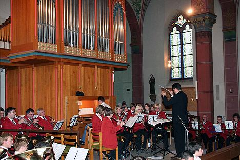 wpid-468Konzert-mit-Kapelle-im-Nacken-2011-07-26-11-14.jpg