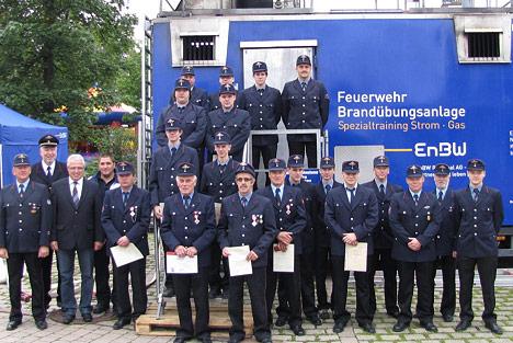 wpid-468-2Feuerwehrkameraden-befoerdert-und-geehrt-2011-08-16-21-07.jpg