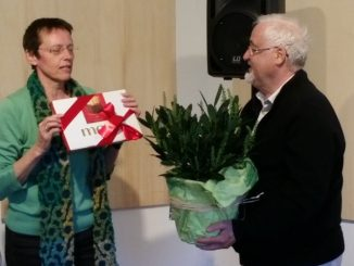Abschied Gerd Teßmer JHV 2016.jpg