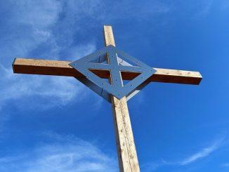 Jesus Risen Cross Easter Sky Jesus