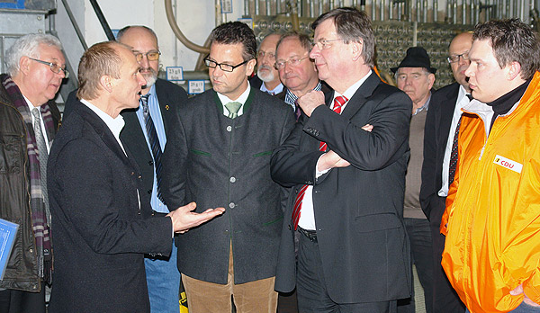 Finanzminister-Staechele-besuchte-Limbach
