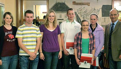 wpid-468Neuwahlen-verjuengen-den-Vorstand-weiter-2011-04-9-18-35.jpg