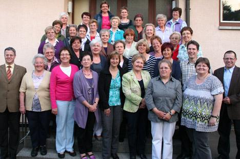wpid-468-30-Jahre-Frauengemeinschaft-Zimmern-2011-05-15-09-55.jpg
