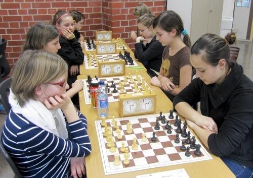 500 Erfolgsstory der Schachmaedchen geht weiter